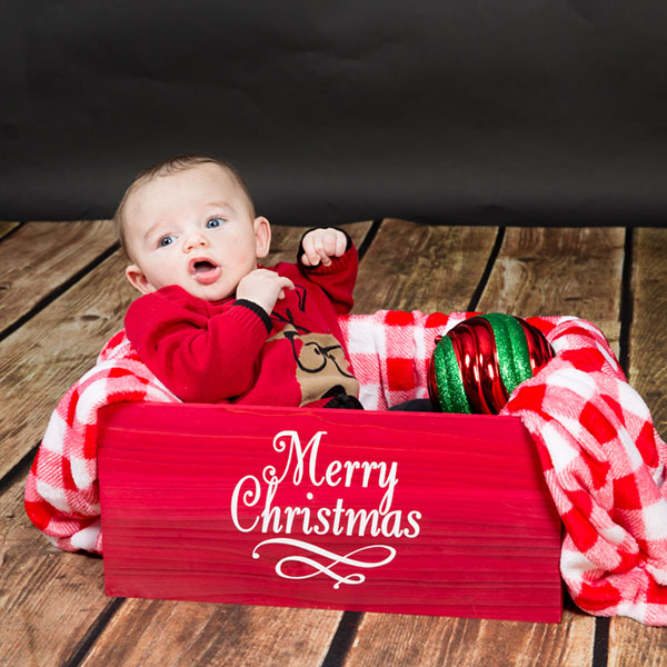 family-portrait-baby-wood-floor-christmas